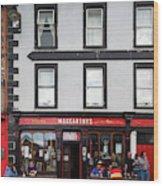 People At A Restaurant, Mccarthys Bar Wood Print