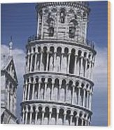 People On Top Of Leaning Tower Of Pisa Wood Print