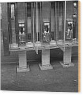Phone Booth In New York City Wood Print