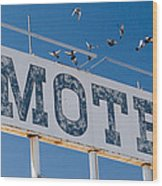 Pigeon Roost Motel Sign Wood Print