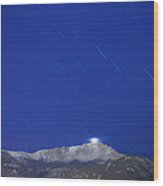 Pikes Peak Under The Stars Wood Print