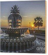 Pinapple Fountain Charleston Sc Sunrise Wood Print