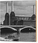 Pink Floyd's Pig At Battersea Wood Print by Dawn OConnor