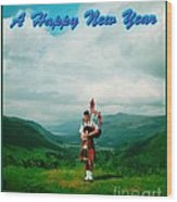 Piper Greeting The New Year Wood Print