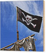 Pirate Flag On Ships Mast Wood Print