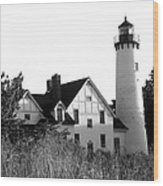 Point Iroquois Lighthouse In B/w Wood Print by Sharon McLain