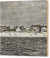 Point Lookout Beach  Vintage Wood Print