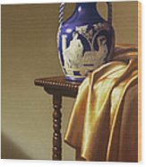 Portland Vase With Cloth Wood Print