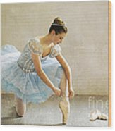 Preparation For Dance - D008548-a Wood Print