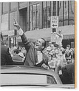 President Nixon Pointing At The Crowd Wood Print