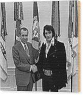 President Richard Nixon And Elvis Wood Print