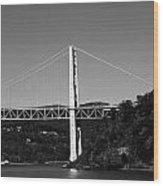 Puente II Bw Wood Print