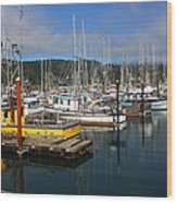 Quiet Time At The Harbor Wood Print