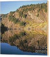 Rampart Ridge In Rachael Lake Wood Print