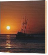 Red At Night Sailor's Delight Wood Print