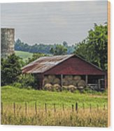 Red Barn And Bales Of Hay Wood Print