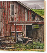 Red Barn And Truck In The Palouse Wood Print