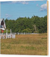 Red Barn In Meadow, Knowlton, Quebec Wood Print