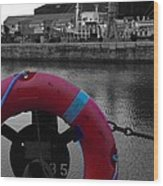 Red Lifebelt At Albert Dock 2 Wood Print