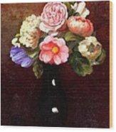 Red Roses In A Black Vase Wood Print