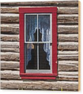 Red Window Log Cabin - Idaho Wood Print