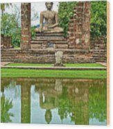 Reflecting Pool At Wat Mahathat In 13th Century Sukhothai Historical Park-thailand Wood Print
