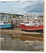 Reflections At Low Tide Wood Print