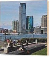 Relaxing Weekend On New York Harbor Wood Print