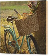 Retro Bicycle With Wine In Picnic Wood Print