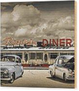 Retro Photo Of Historic Rosie's Diner With Vintage Automobiles Wood Print