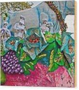 Rex Mardi Gras Parade II Wood Print