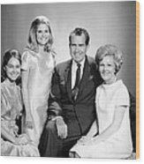 Richard Nixon And Family Wood Print