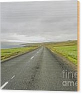 Road In Iceland Wood Print