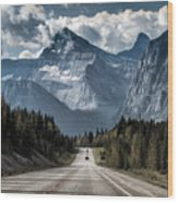 Road To The Great Mountain Wood Print