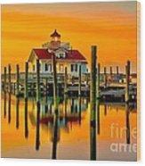 Roanoke Lighthouse Dawn Wood Print