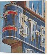 Robin And Motel Wood Print
