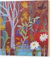 Robin's Blueberry Daisy Sunshiny Day Wood Print