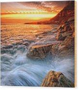 Rock A Nore Splash Wood Print by Mark Leader