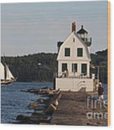Rockland Breakwater Light 8986 Wood Print