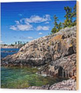 Rocky Coast And Clear Water Of Lake Superior Wood Print