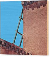 Roof Corner With Ladder Wood Print