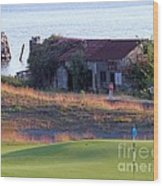Rose Shack At 17 - Chambers Bay Golf Course Wood Print
