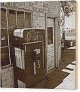 Route 66 - Rusty Coke Machine 2 Wood Print
