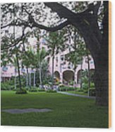 Royal Hawaiian Hotel Entrance Wood Print