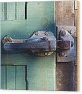 Rusty Door Latch Wood Print