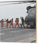 Sailors Board An Mh-53e Sea Dragon Wood Print