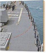 Sailors Man The Rails On Uss Mccampbell Wood Print