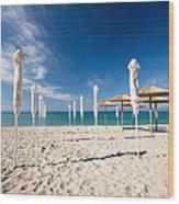 Sandy Beach Umbrellas Wood Print