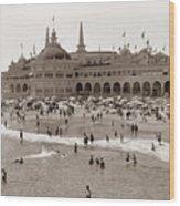 Santa Cruz Beach From Pleasure Pier  California Circa 1908 Wood Print