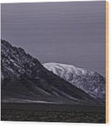 Sawtooth Mountain At Night Wood Print